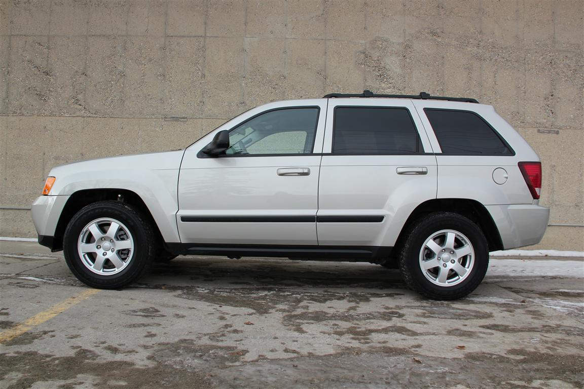 2009 jeep grand cherokee laredo 4 4 heated seats envision auto. Black Bedroom Furniture Sets. Home Design Ideas