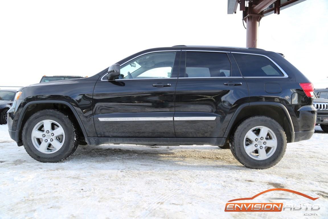 2011 jeep grand cherokee laredo 4 4 envision auto. Black Bedroom Furniture Sets. Home Design Ideas