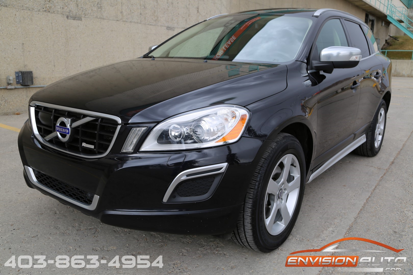 2011 Volvo XC60 T6 AWD R-Design – Tech Package - Envision Auto