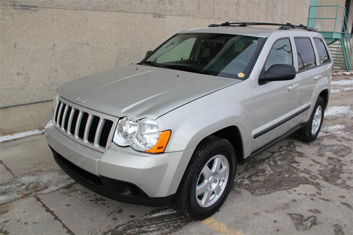 2009 Jeep Grand Cherokee Laredo 4×4 – Heated Seats ...