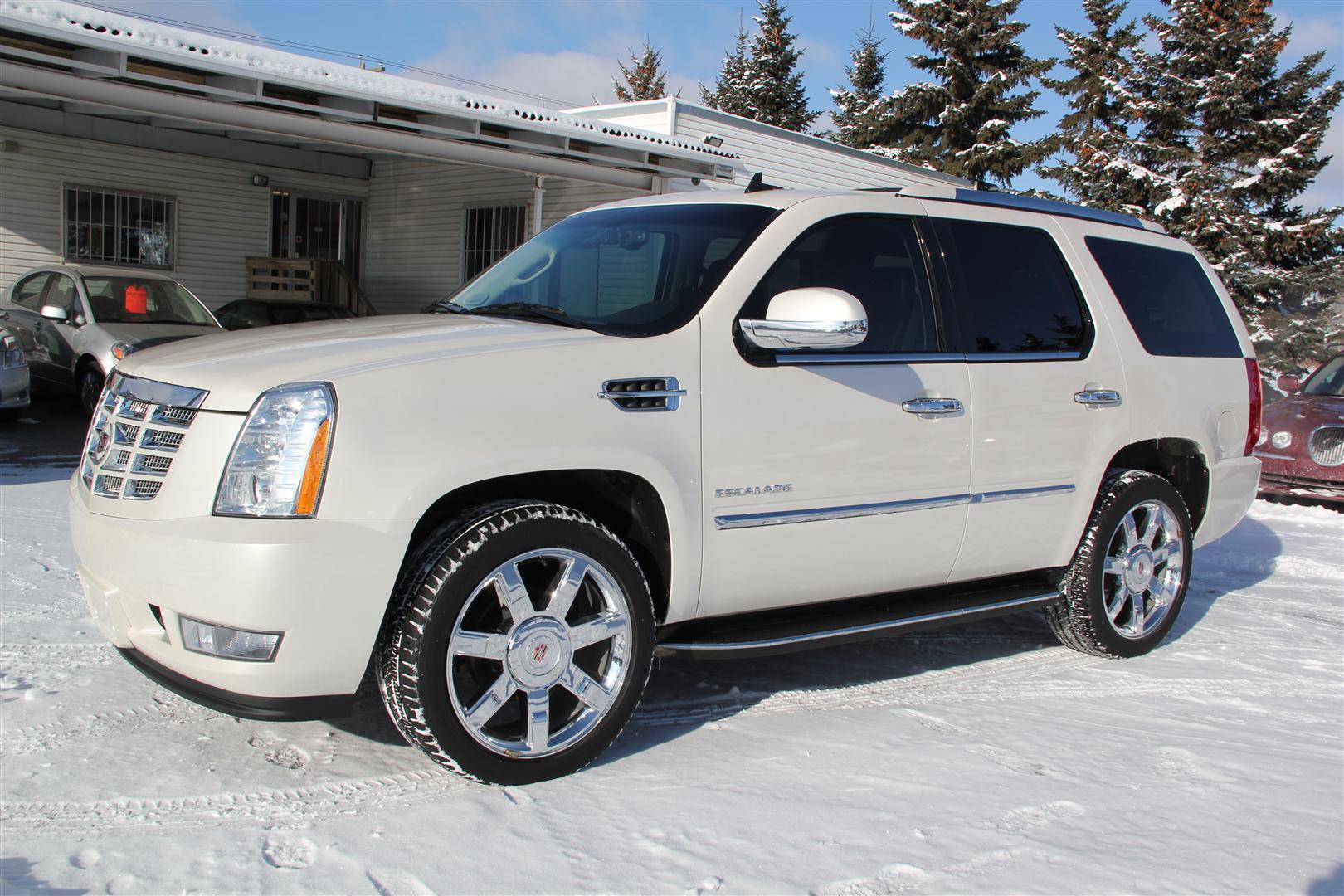 2010 Cadillac Escalade AWD Ultra Luxury - Envision Auto
