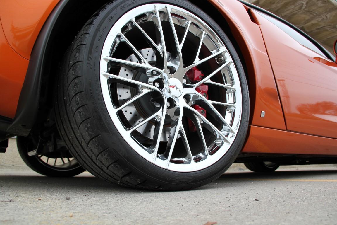 2009 Chevrolet Corvette Z06 – 2LZ – ZR1 Wheels – Headers – Exhaust