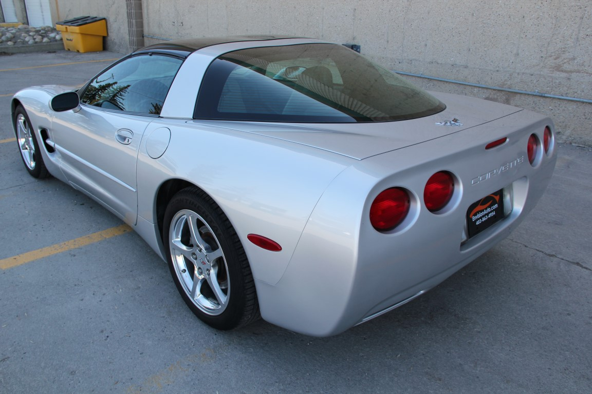 2003 Chevrolet Corvette Coupe 50th Anniversary Ed