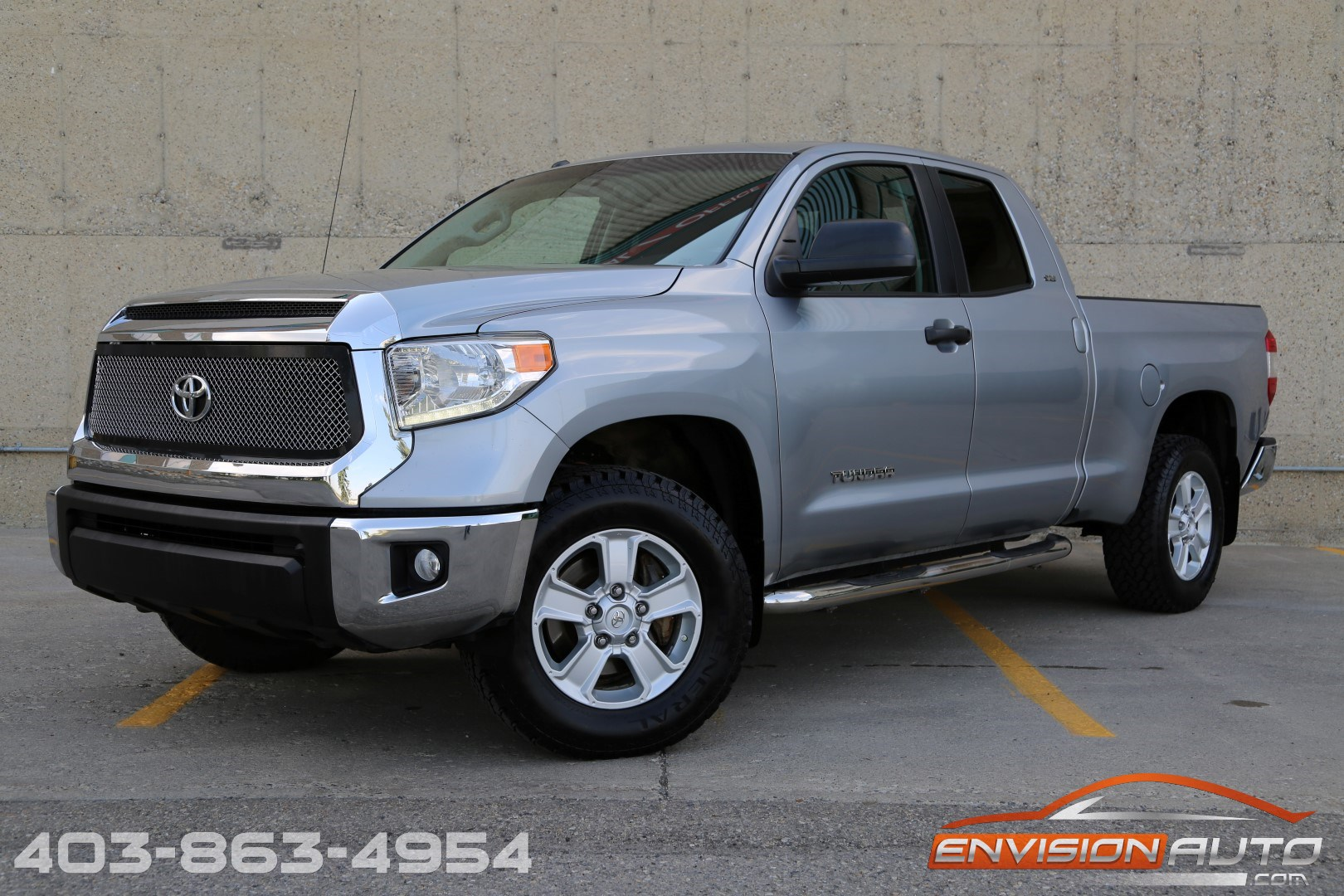 2014 Toyota Tundra Double Cab SR5 4.6L V8 \ One Owner ...